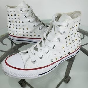 White Studded Converse sz 7 high tops